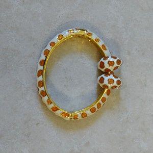 Sale! Kenneth Jay Lane giraffe hinged Bracelet set