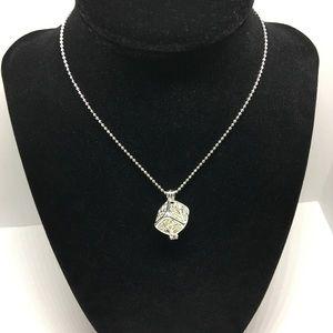 Jewelry - 🌺*🆕 Fairy cube glow in the dark NWOT