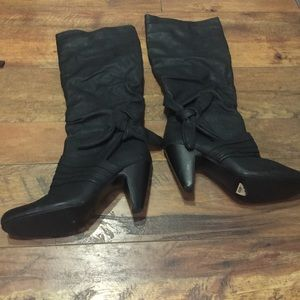 knee high zip boots with bow