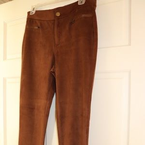 Brow suede-like leggings