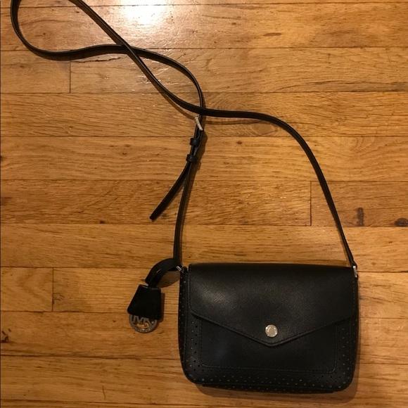 b3537e4b6c25 Michael Kors Greenwich Flap Crossbody bag NEW. M_59f7d226f0137d9ff60ce8a8