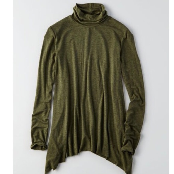 American Eagle Outfitters Tops - American Eagle Outfitters Turtle Neck Top