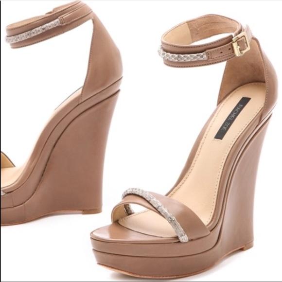 64e1057e0c5 ... Snake Wedge Leather Heels Shoe 9. M 59f7e974981829ace50dac04