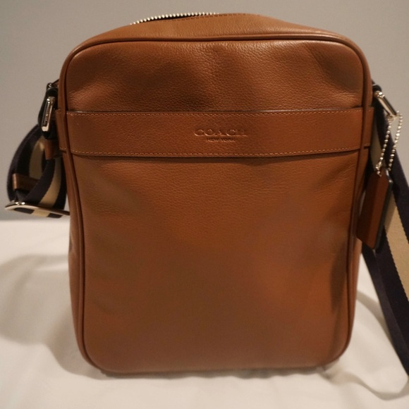 002504be4472 COACH Men s messenger bag!