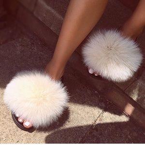 🎉Host Pick🎉 NEW! Real Fox Fur Slides / Slippers