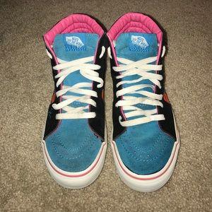 6f451be4cd Vans Shoes - Vans X Parra hi top skateboard design shoes