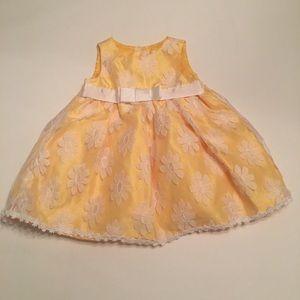 EUC George Yellow Dress Size 0-3 months