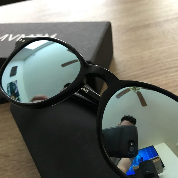 288d4eb639 MVMT HYDE Polarized Sunglasses NEW