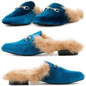 dc707e288e2 CAPE ROBBIN Shoes - 🌊GUCCI-like Ocean Blue Velvet Fuzzy Slides