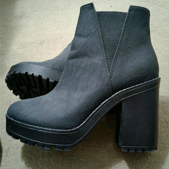 H\u0026M Shoes | Hm Divided Black Ankle