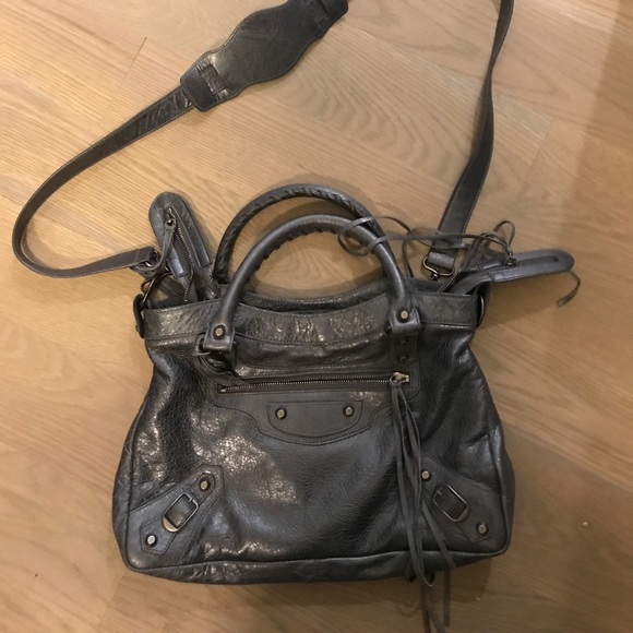 Balenciaga Handbags - Authentic Balenciaga like new!!