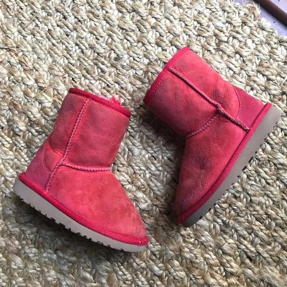 312e3f9efb6 Kids UGG boots