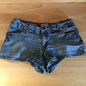 Size 7 Bongo Shorts