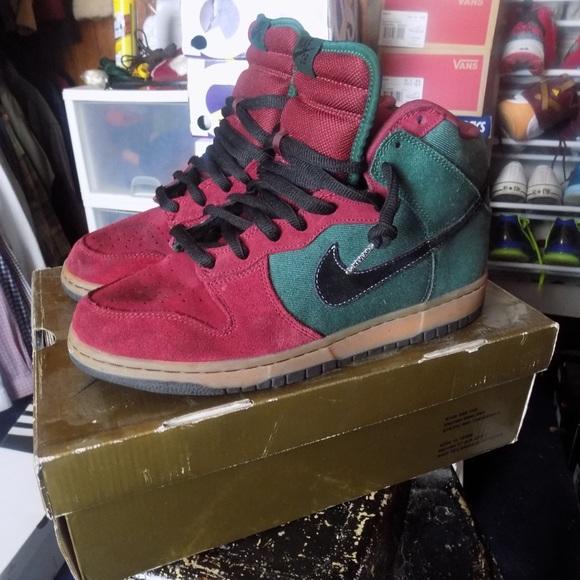 "separation shoes e409f e21ee Nike Dunk High SB ""Goofy Boy"". M59f88ab32de512c3f300a42b"