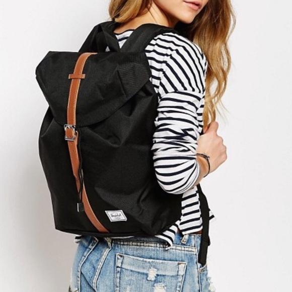 b9fdf53a13e Herschel Supply Company Handbags - Herschel Post Backpack Mid Volume