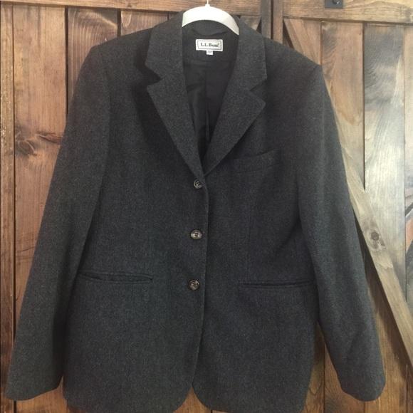 01d80a2dc39 L.L. Bean Jackets   Blazers - Ladies 10 Petite LL BEAN Wool and CASHMERE  Blazer