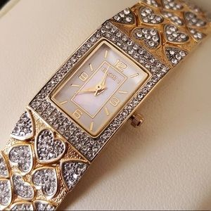 New Womens Luxury Gold Square Watch Heart Crystals