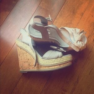Steve Madden bow tie wedges size 8