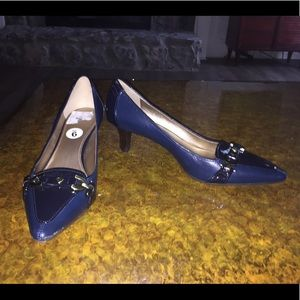 Joan & David navy Patent pumps 9