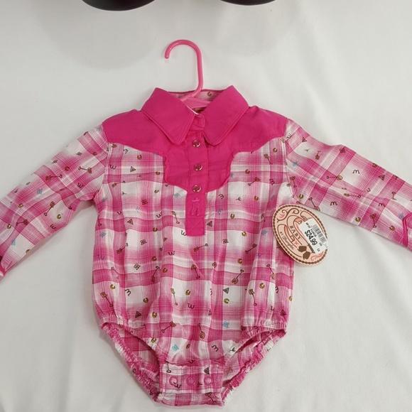8a9ede1a Wrangler One Pieces | Baby Onesie Size 69 Months | Poshmark