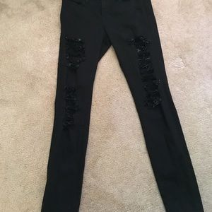 Frame denim size 26 le skinny de jeanne destroyed