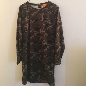 Camo print long sleeved mini tunic dress