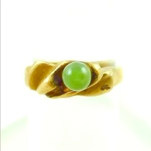 Jewelry - 18k Yellow Gold Green Peridot Solitaire Ring