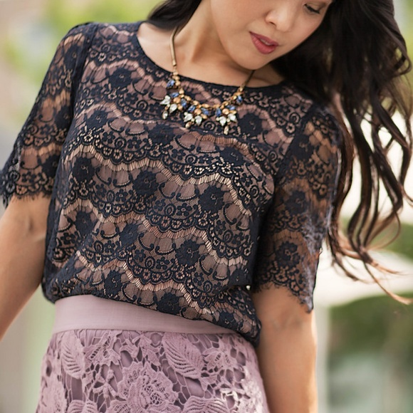 Forever 21 Tops - Forever 21 I Love h81 navy lace blouse