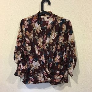 Forever 21 Tops - Forever 21 floral blouse