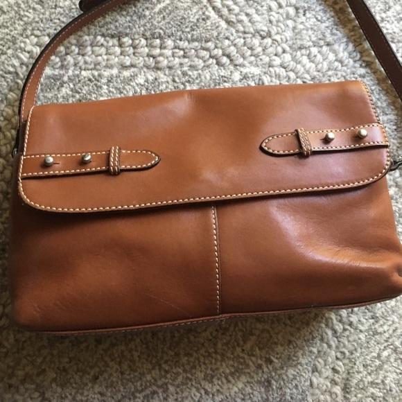 38ad66285033 Classic Leather shoulder handbag by Etienne Aigner. Etienne Aigner.  M 59f8d06a36d59414bf01dd7a. M 59f8d07099086a9b7a01de5a.  M 59f8d078fbf6f9fa8201dfff