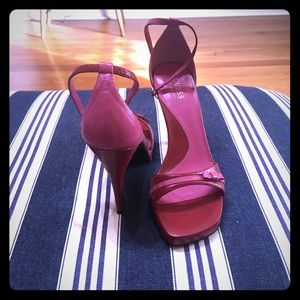Guess red and pink heels