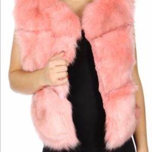 Jackets & Blazers - Short faux fur pink velvet.