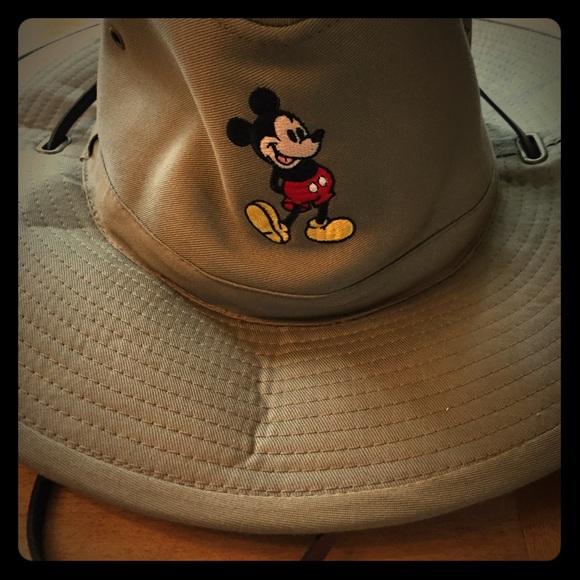 65b048f06ad NWOT Vintage Walt Disney Safari Hat Mickey Mouse.  M 59f8f5ec5c12f868c4026f5d. Other Accessories ...