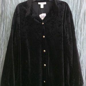 Diane Von Furstenberg new black velvety button top