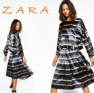 ZARA Pleated Stripped Satin New Skirt