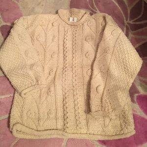 Sweaters - 100% wool Sweater Handmade in Ecuador