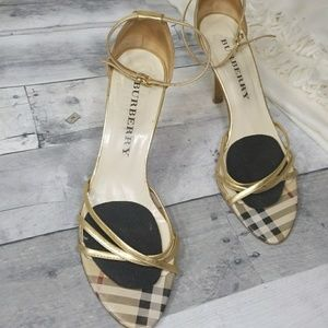 Used burberry gold heels
