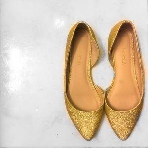 Gold Glitter Flats; size: 5