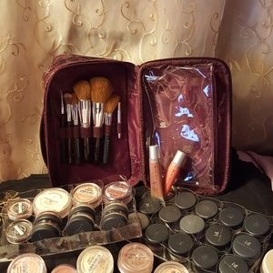 Sephora Makeup - 42 pieces bare escentials makeup set.👝💄