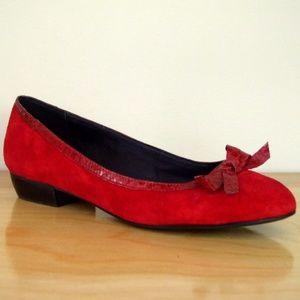 B. Makowsky Red Leather Ballerina Bow Flats 8