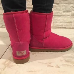 UGG Shoes - Hot Pink *Never Worn* Classic Short Ugg Boots