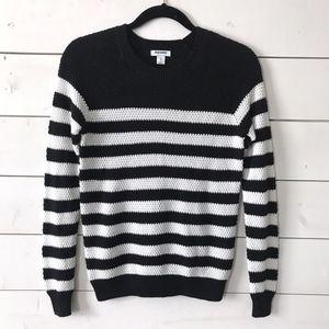 Old Navy Black White Knit Crewneck Striped Sweater