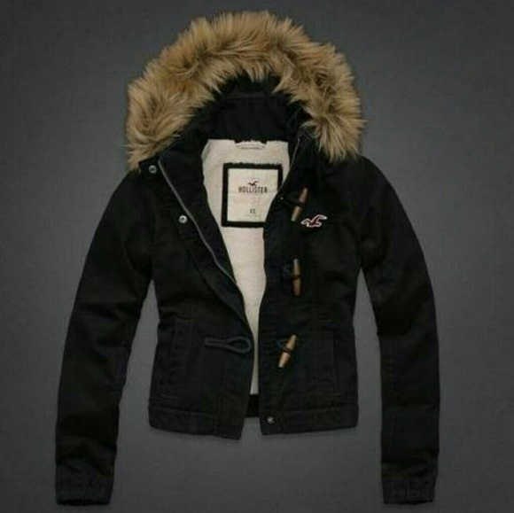 hollister jacket with fur hood
