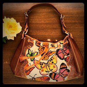 VTG Isabella Fiore Boho Butterfly Purse