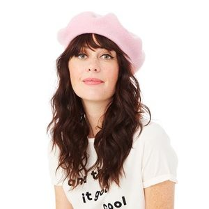 Sold out Ban.do Pink Beret