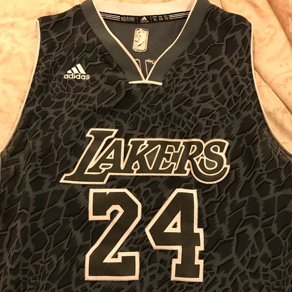 Lakers jersey Limited Edition Kobe Bryant 24