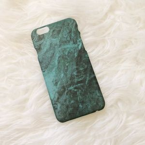Accessories - ✨NEW✨ Green marble iphone 6 case