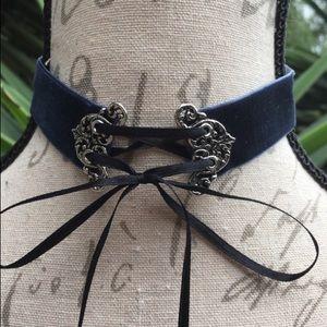 Jewelry - New! Blue Velvet Choker