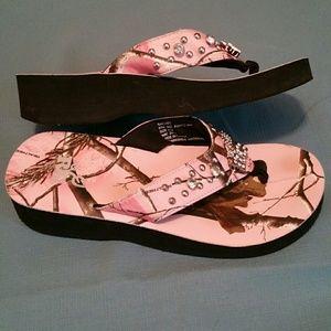 18b2729d7da83 Realtree Shoes | Pink Camo Crystal Flip Flops | Poshmark