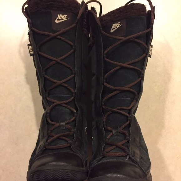 Nike Winter Hi 2 Womens 6 Tall Snow Boots 6